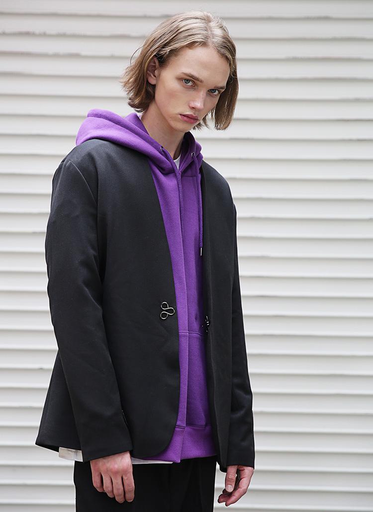 カラーレスオーバージャケット