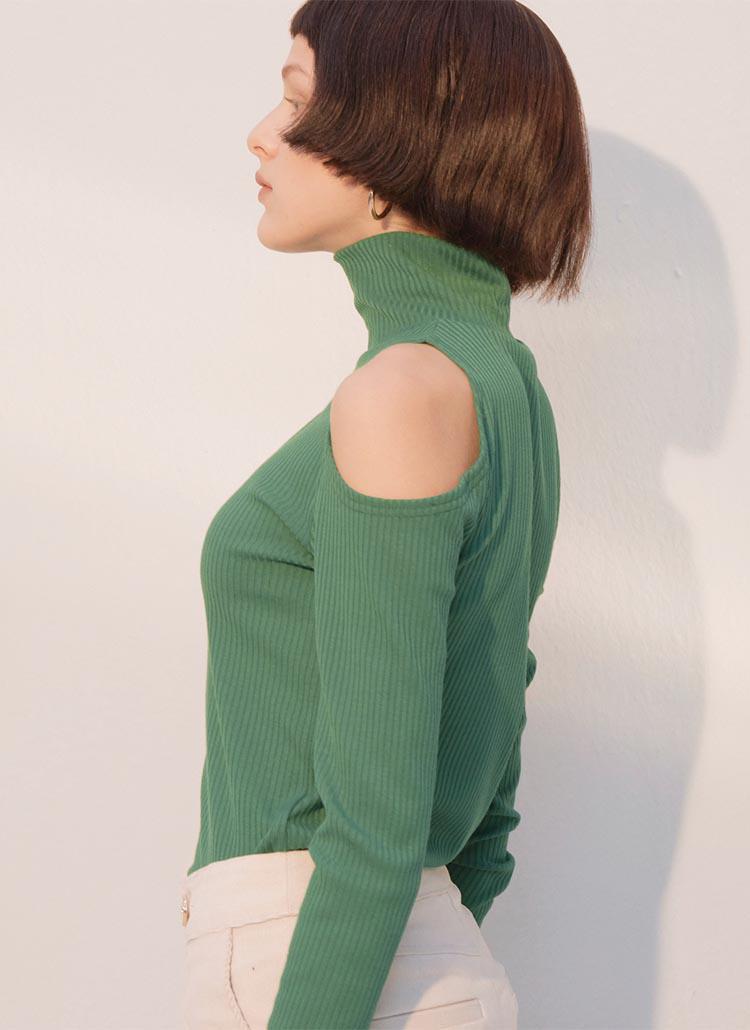 ショルダーポイントハイネックTシャツ(グリーン)