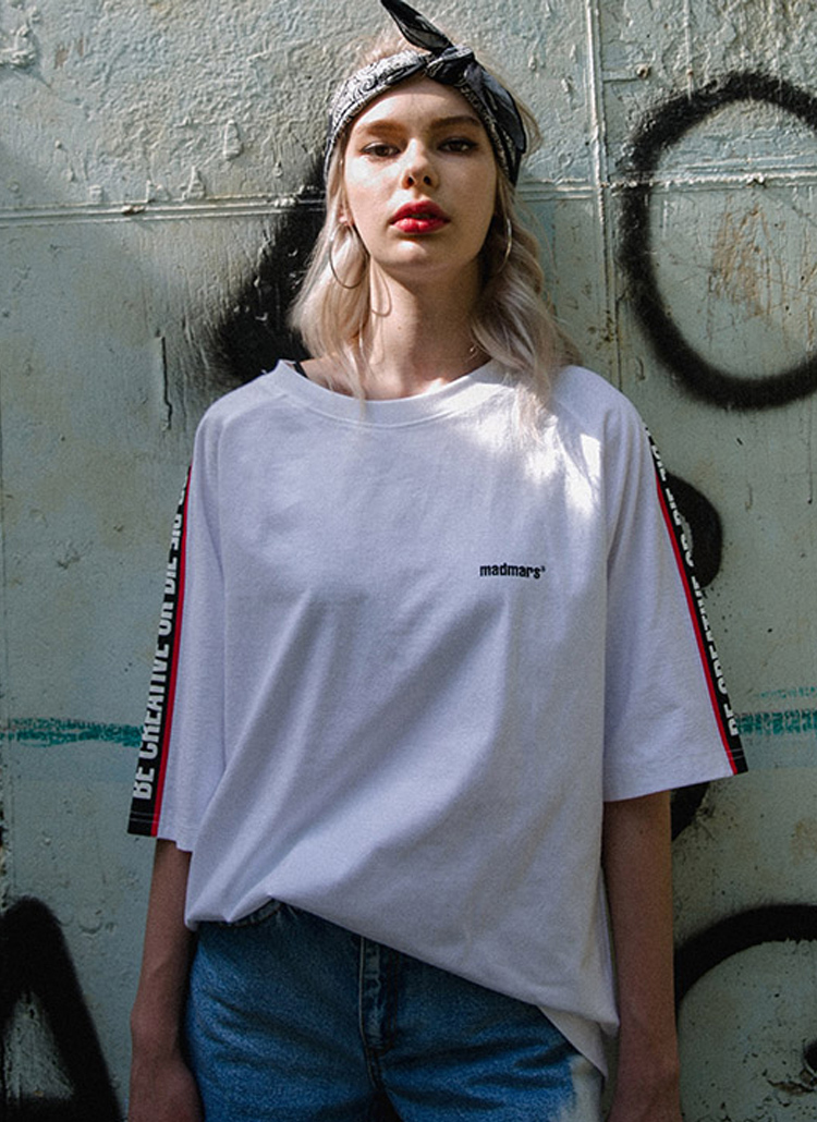 レタリングラインコットンTシャツ(ホワイト)