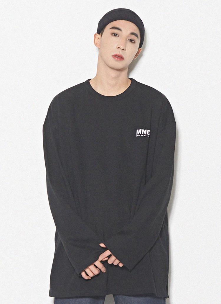 MNCプリントオーバーTシャツ(ブラック)