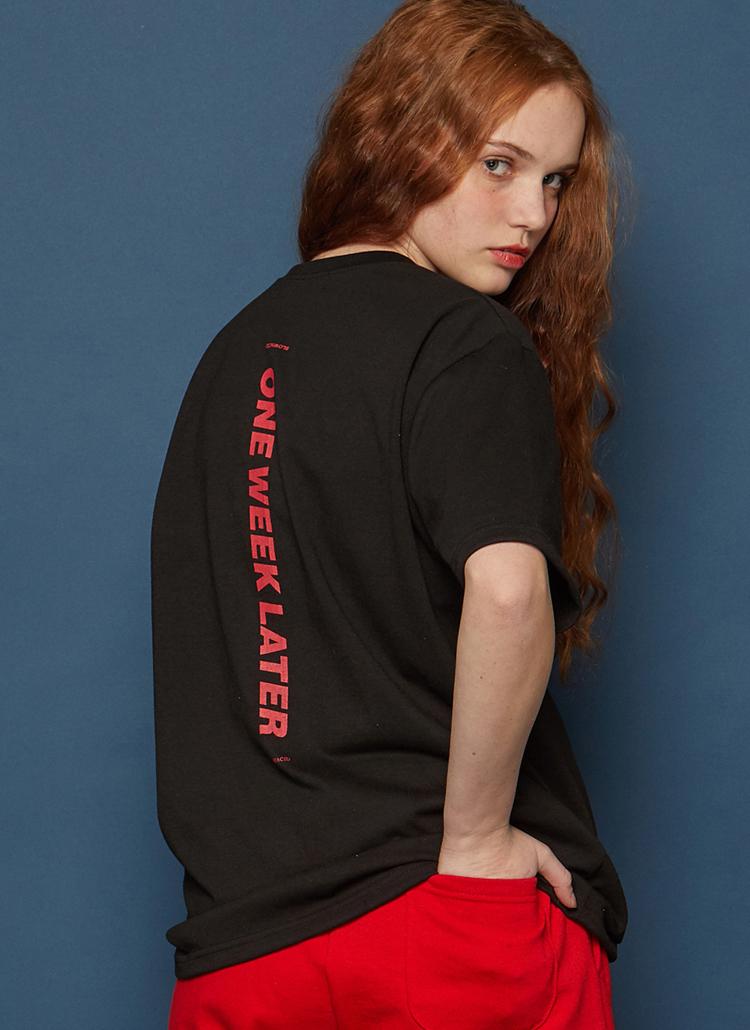 Verticalロゴ半袖Tシャツ(ブラック)