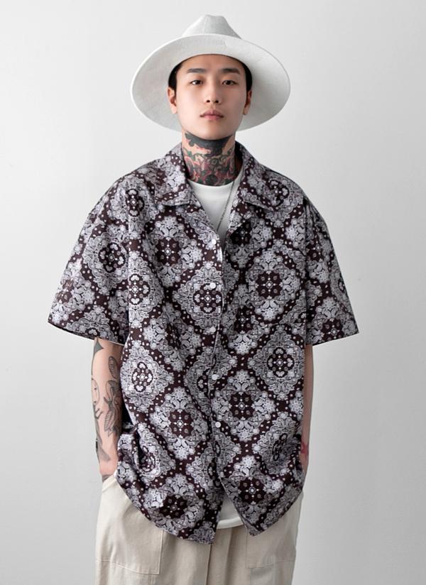 ダイヤペイズリーパターンシャツ