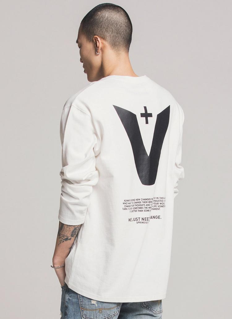 *Verynineflux*シグネチャーロゴプリントTシャツ(ホワイト)