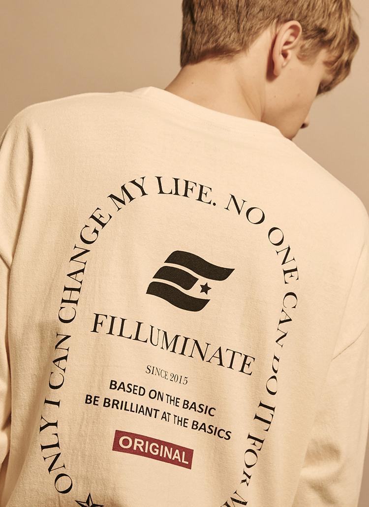 *F.ILLUMINATE*ユニセックスオーバーフィットローレルロゴTシャツ(アイボリー)