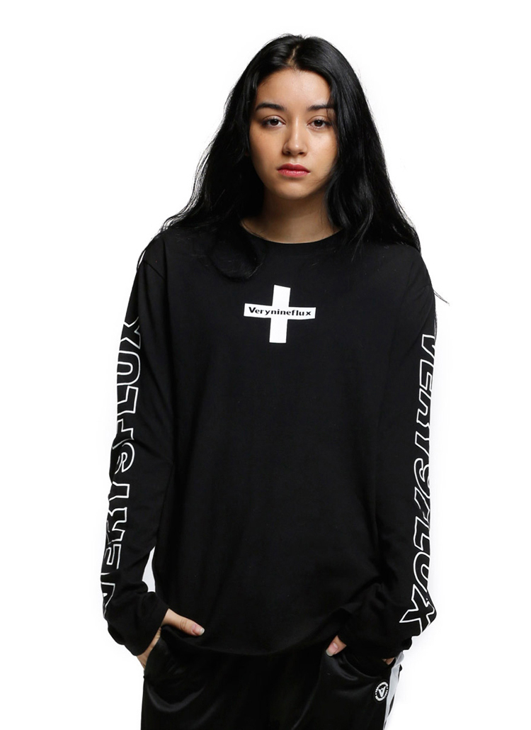 *Verynineflux*クロスポイントTシャツ(ブラック)