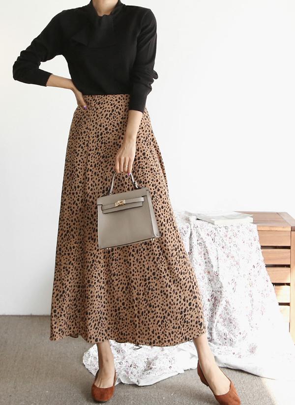 バックゴムミニレオパードスカート