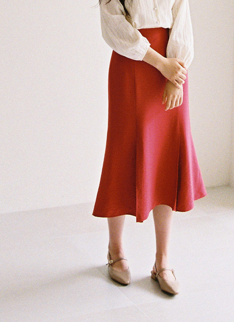 サイドジップフレアヘムスカート