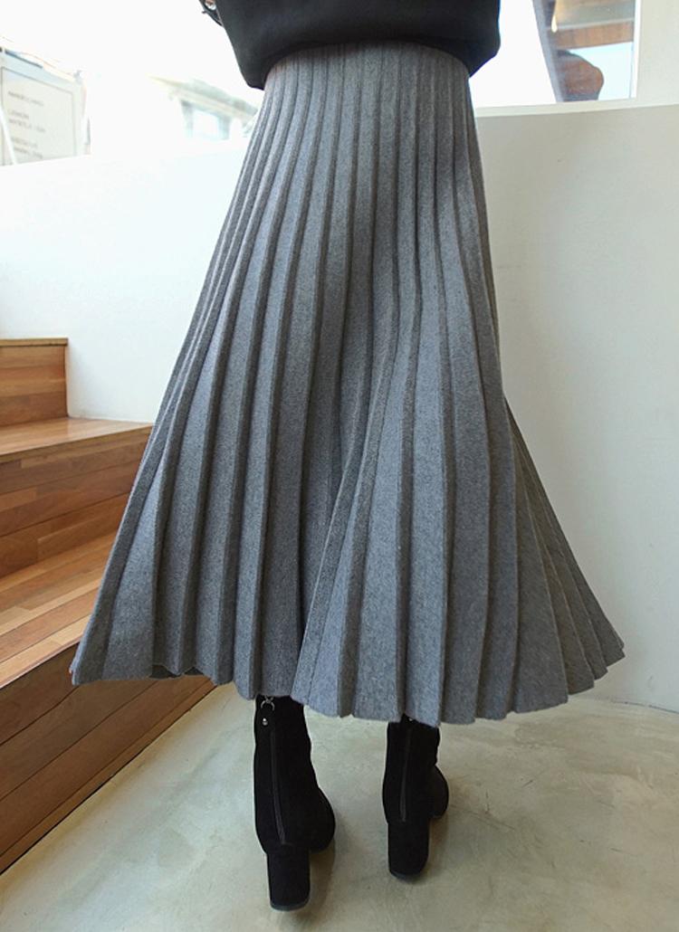 ロングプリーツニットスカート