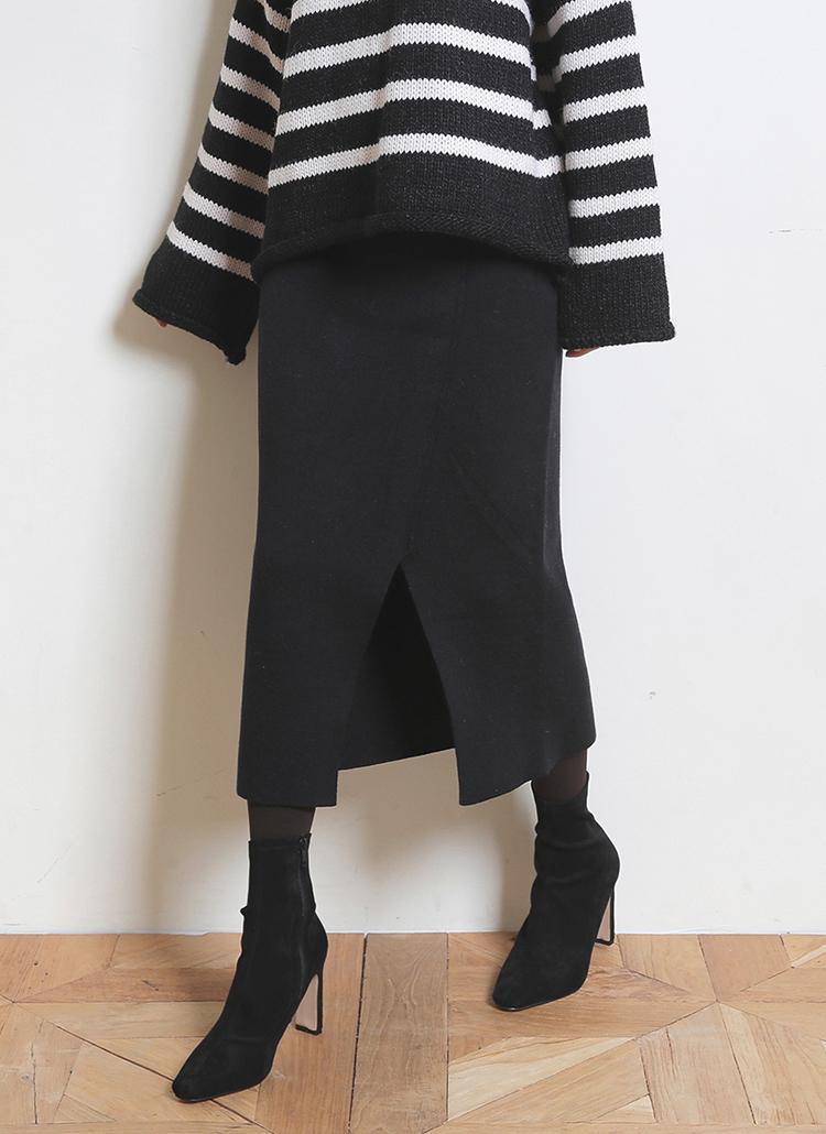 Vカットヘムニットスカート・全3色