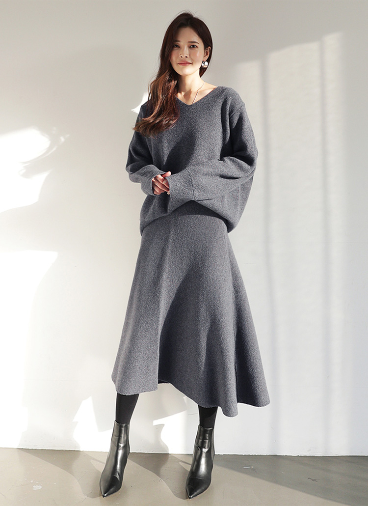 Vネックウールブレンドニット&フレアスカートSET・全2色