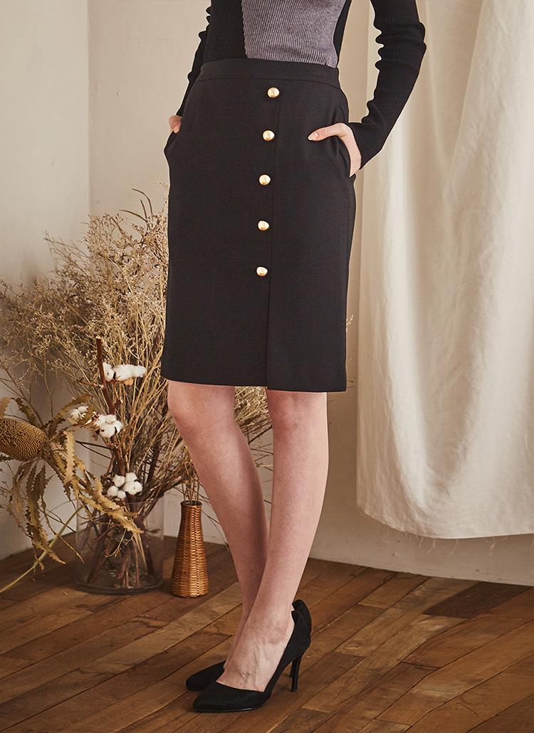 ゴールドボタンラインスカート(ブラック)