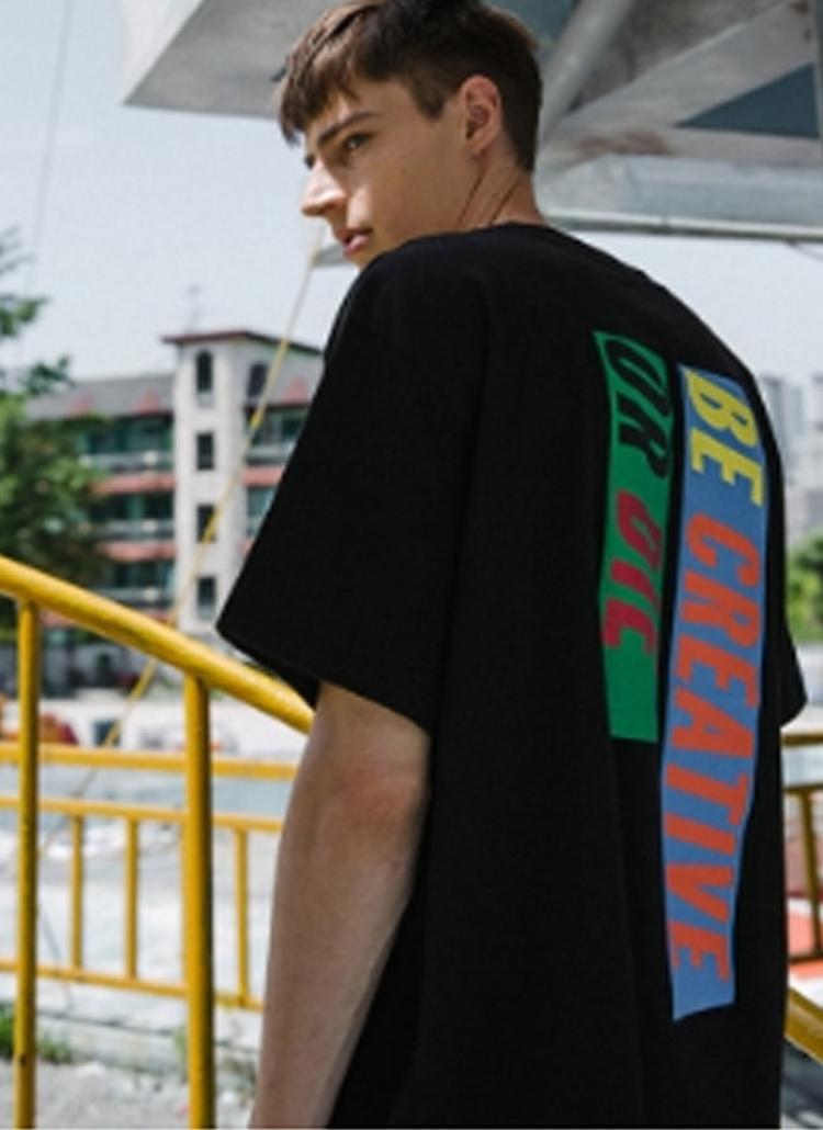 バックボックスプリントTシャツ(ブラック)