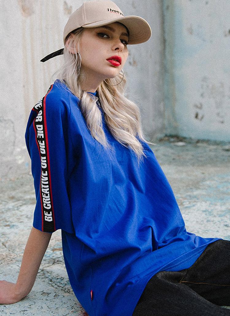 レタリングラインコットンTシャツ(ブルー)