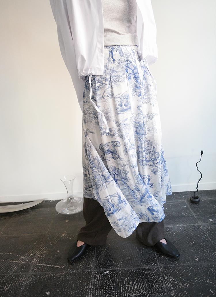 アンバランスプリントスカート