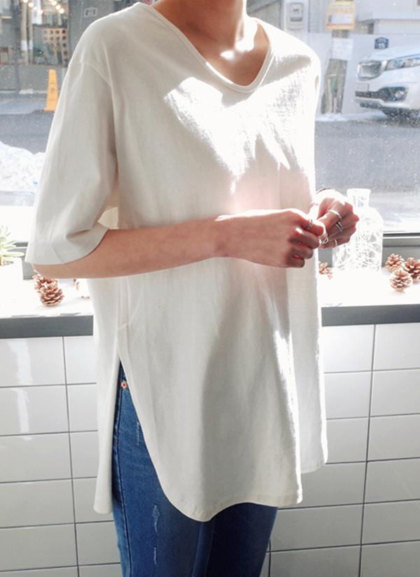 ラウンドカットヘム半袖Tシャツ