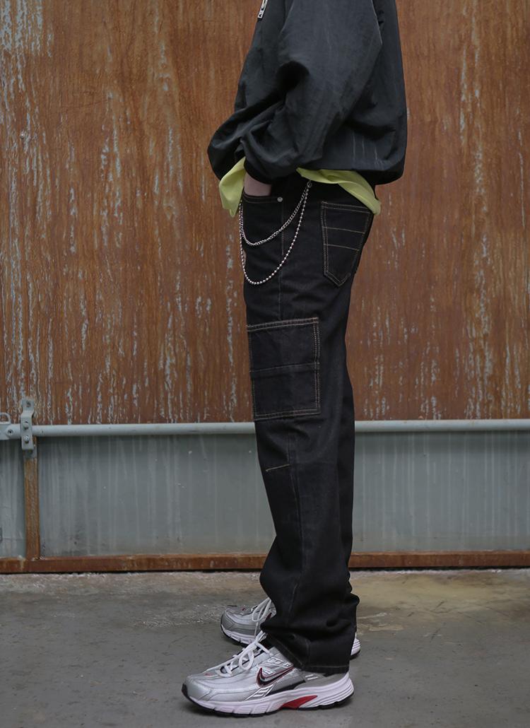 刺繍ポイントウォッシュドジーンズ(ブラック)