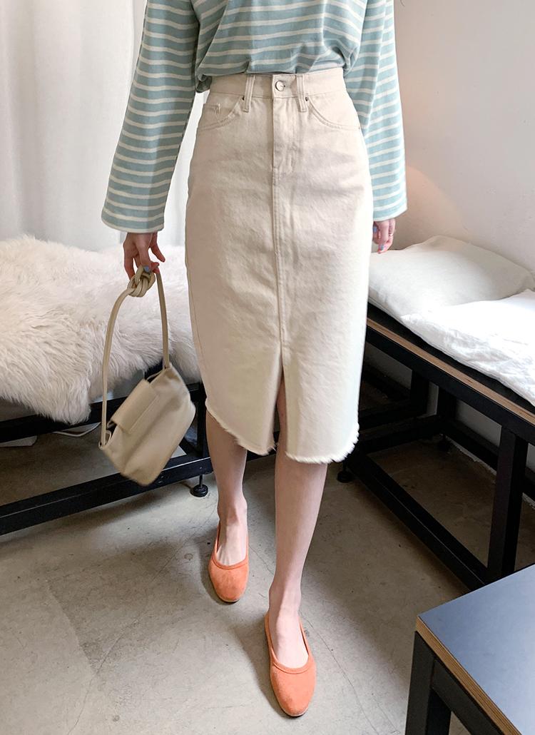 クリームカラーカットオフスカート・全1色