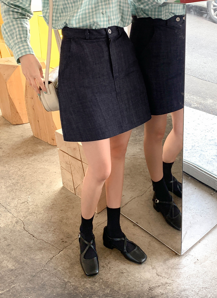 ミニ丈デニムAラインスカート