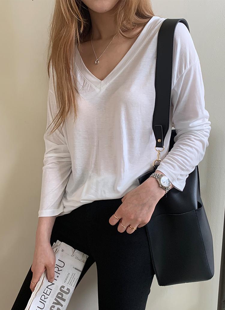 テンセルVネックTシャツ