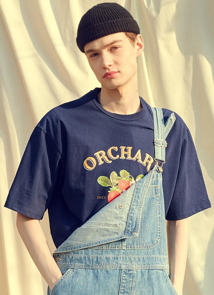 ストロベリープリント半袖Tシャツ(ネイビー)