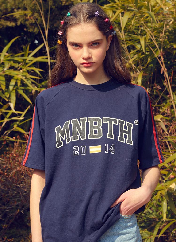 MNBTHロゴ半袖Tシャツ(ネイビー)