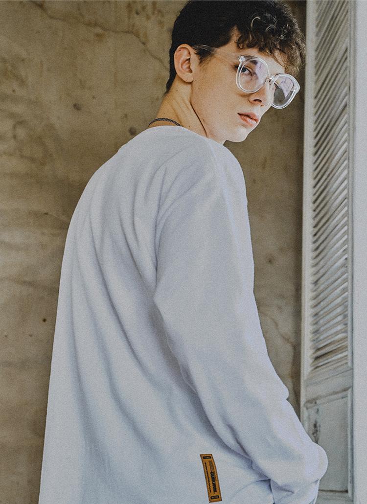 スタンダードオーバーフィットTシャツ(ホワイト)