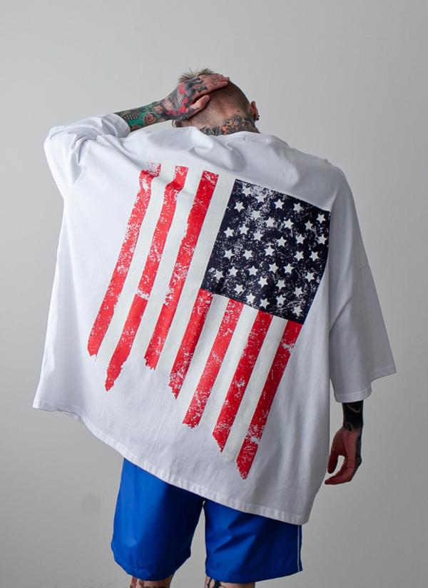 USAフラッグオーバーTシャツ