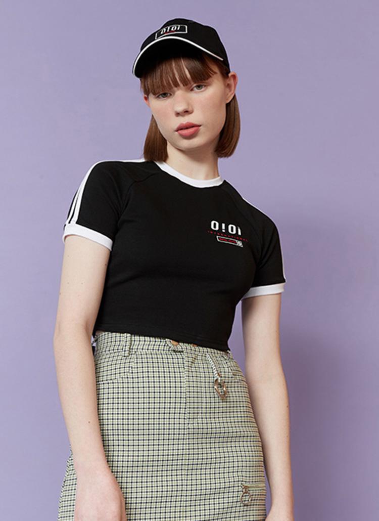 配色ラインO!OiクロップドTシャツ(ブラック)