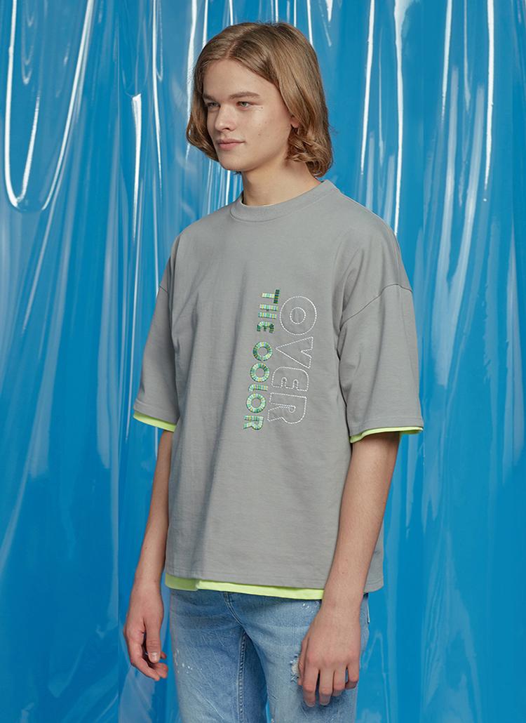ステッチレタリングTシャツ(グレー)