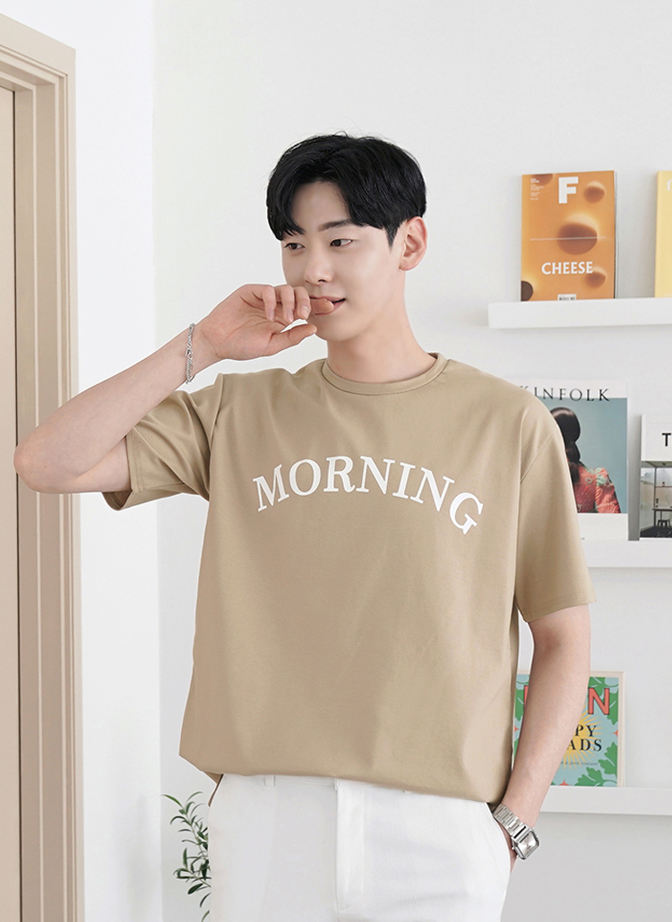 MORNINGレタリングTシャツ