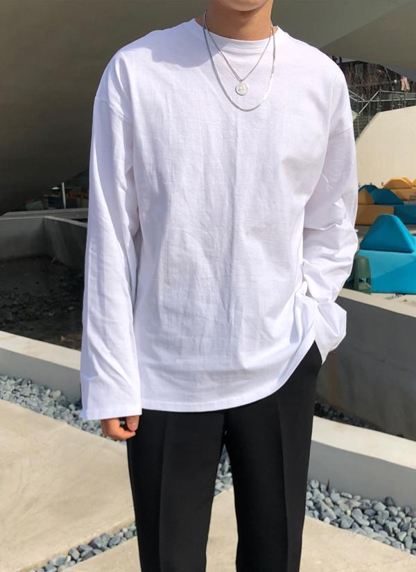 Aroオーバーシルエット長袖Tシャツ