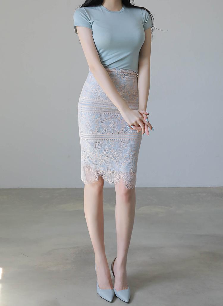 フラワーボーダーレースタイトスカート