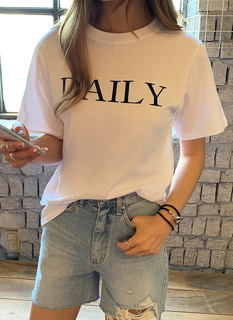 DAILYレタリングTシャツ