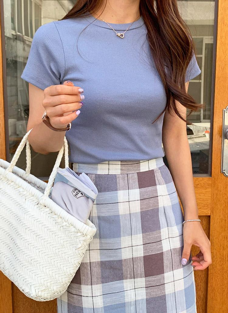 リブスリムフィッティングTシャツ