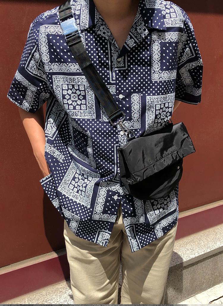 バンダナパターン半袖シャツ