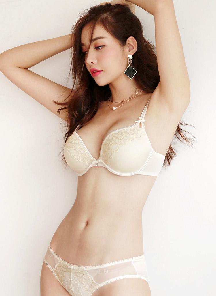 フローラル刺繍ブラ&ショーツSET・全3色