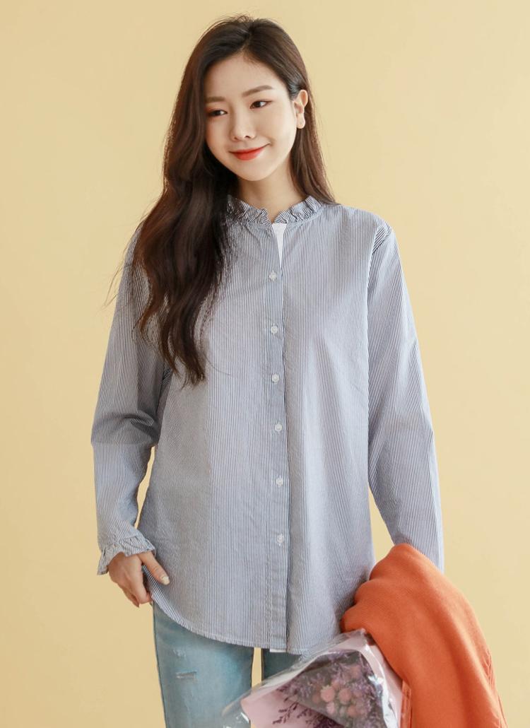 2TYPEフリルネックシャツ