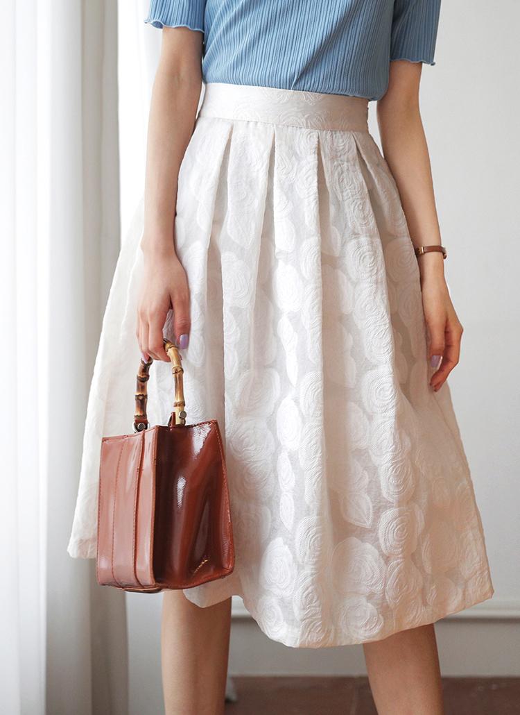 フローラルテクスチャースカート・全3色