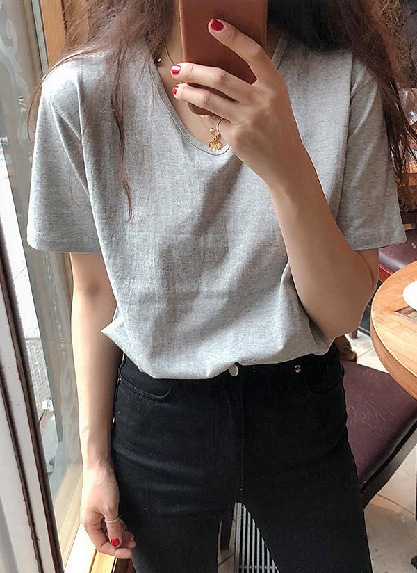 オーバルネックベーシックTシャツ
