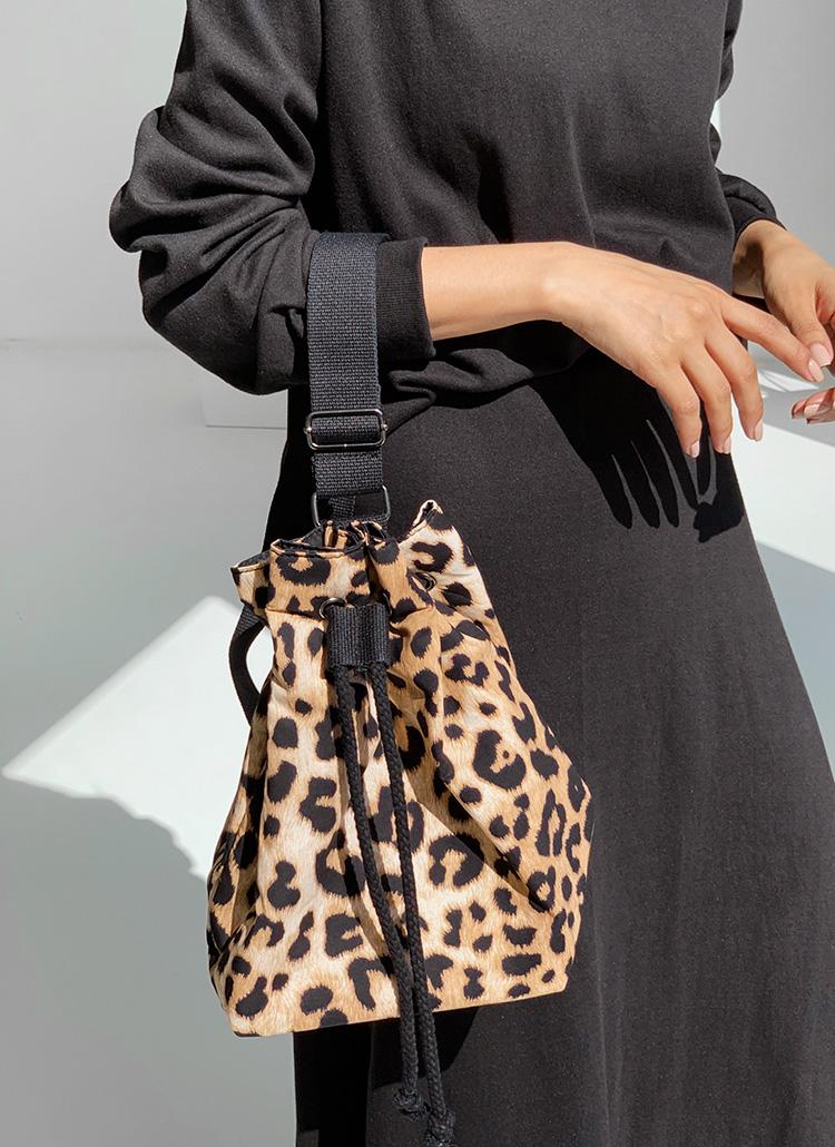 レオパード巾着バッグ・全2色