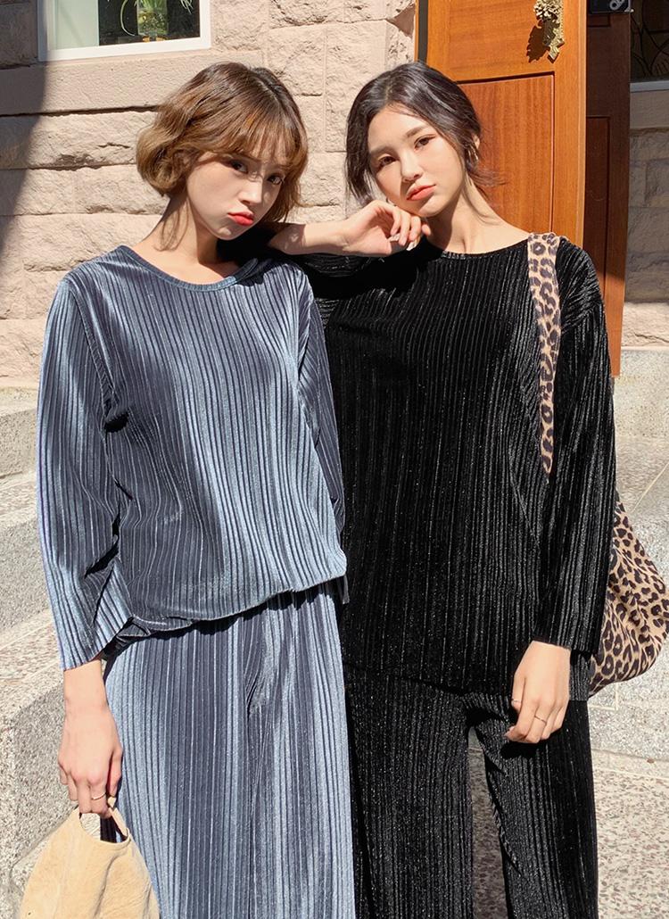 ベロアプリーツTシャツ&パンツSET・全2色