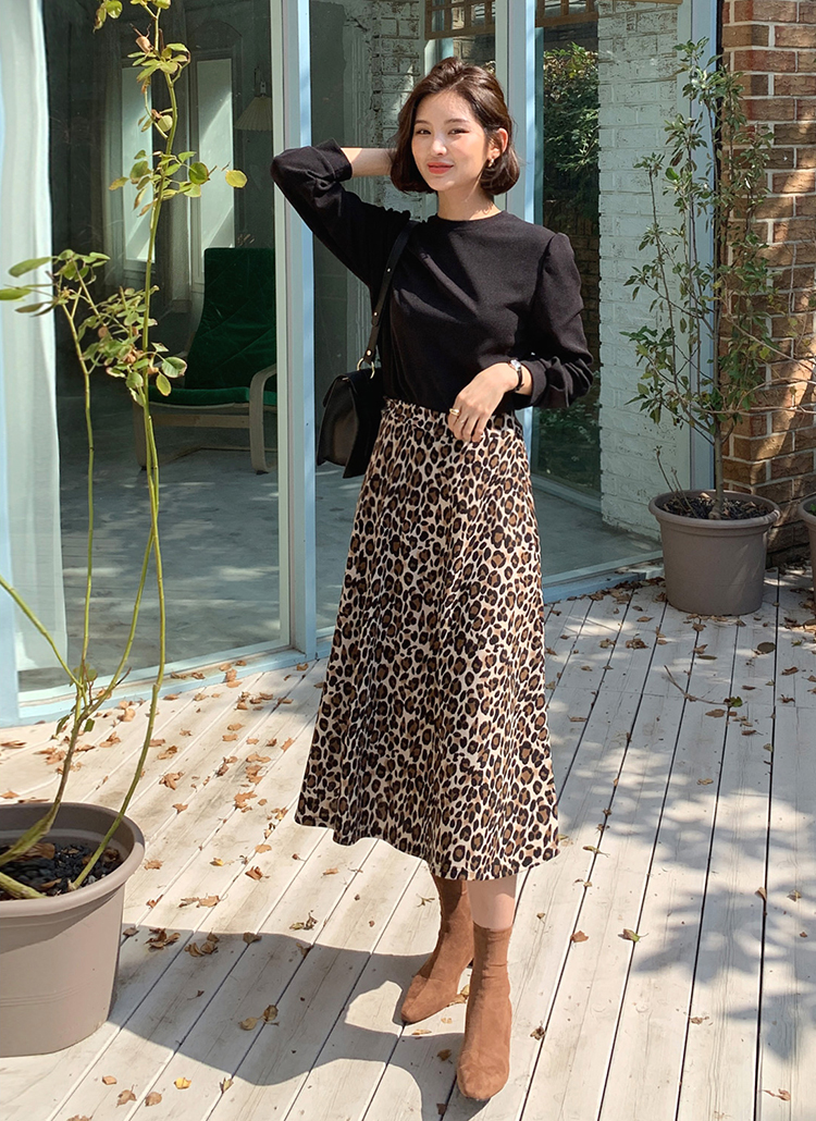 Tシャツ&レオパードスカートSET・全2色