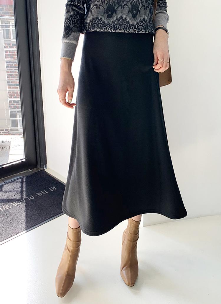 裏起毛フレアスカート・全2色