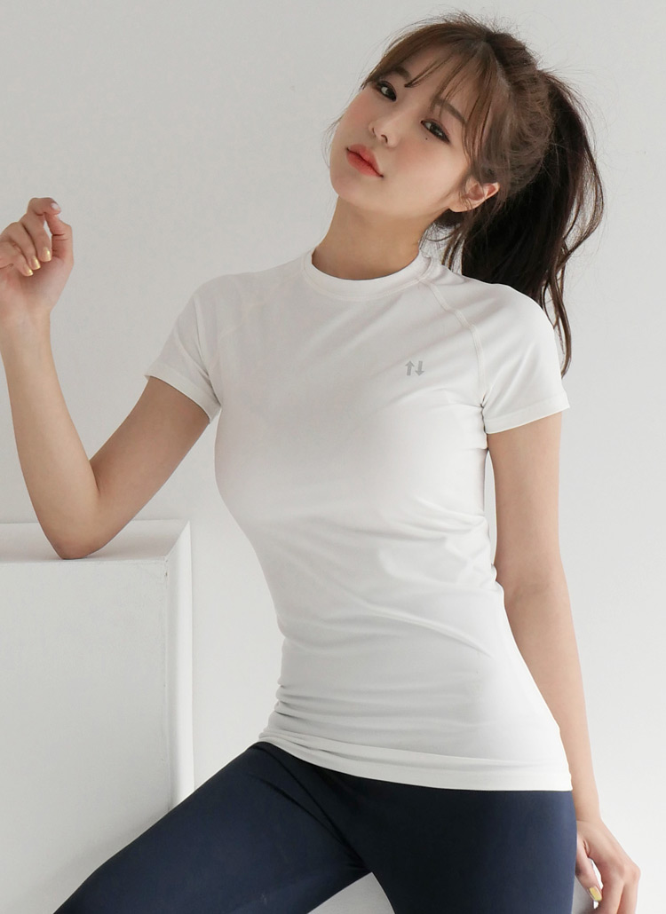 ロゴスリムTシャツ・全4色