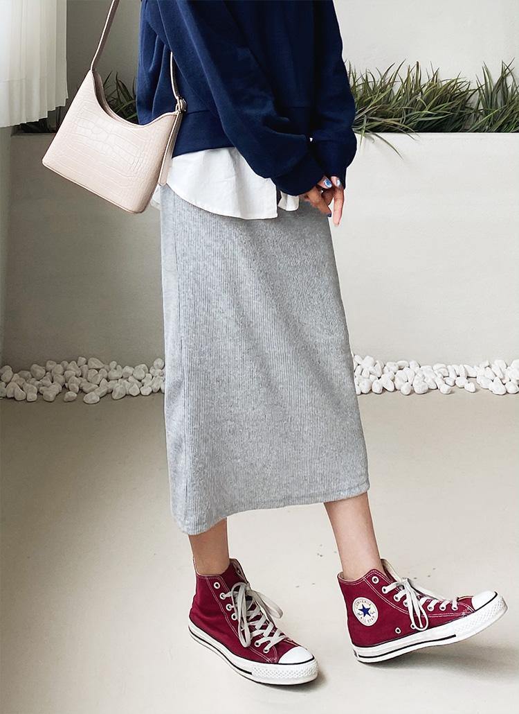 リブHラインスカート・全3色