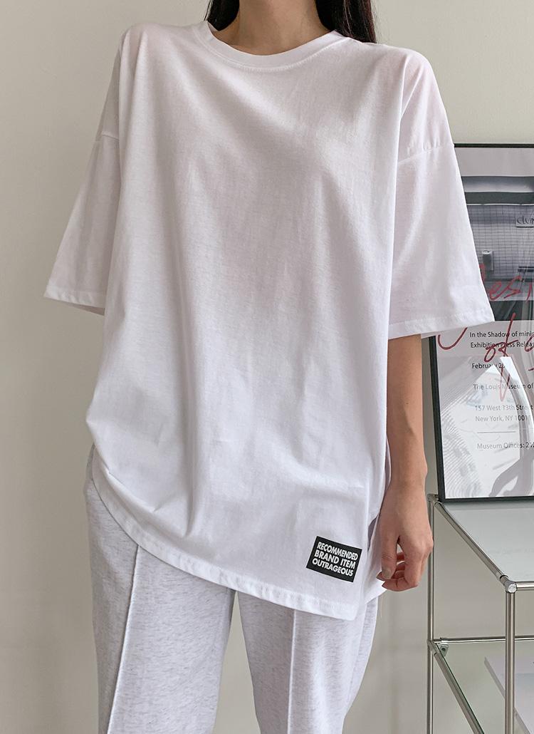 英字パッチオーバーTシャツ