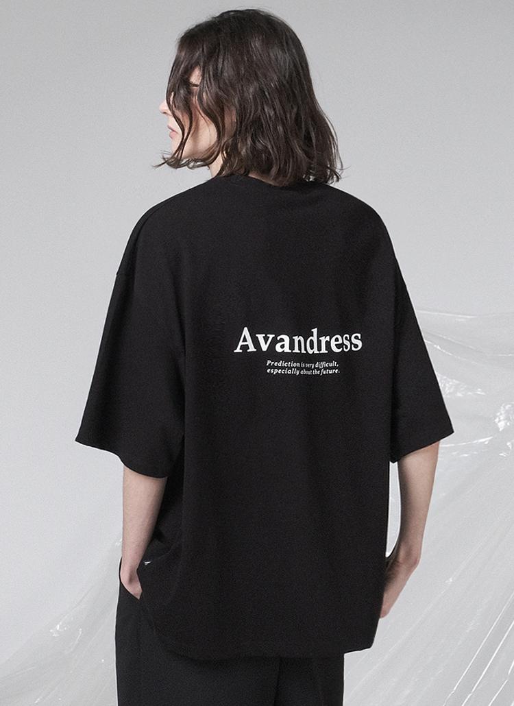 バックシグネチャーレタリングTシャツ(BLACK)