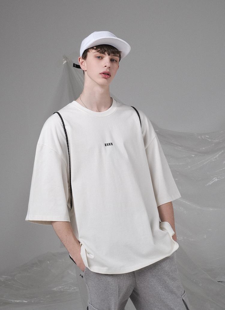 バック配色レタリングTシャツ(IVORY)