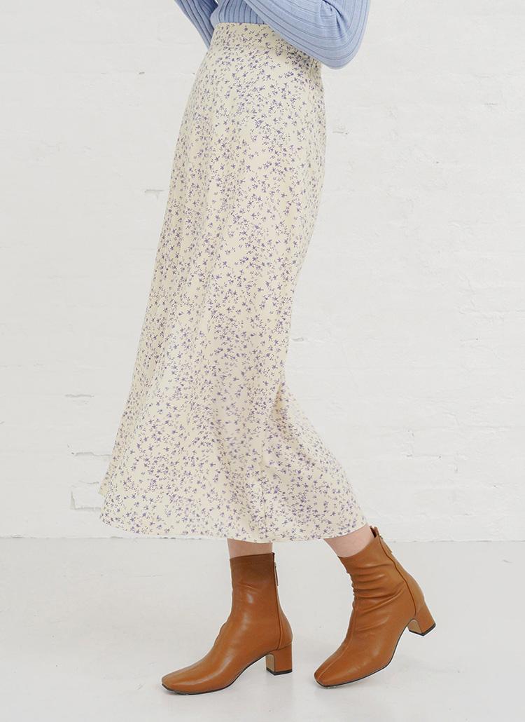 小花柄Aラインスカート・全2色
