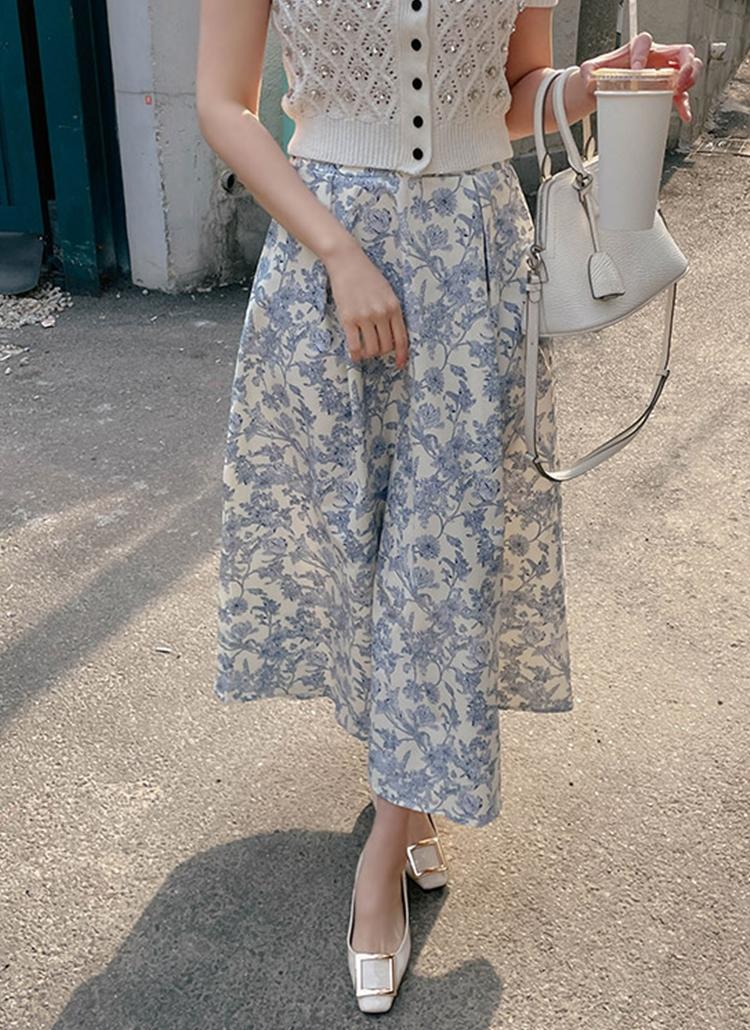 フローラルフレアロングスカート